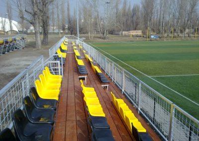 Nézőtér futballpályán (21)